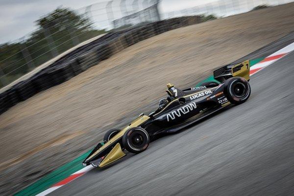 IndyCar se vrátila na okruh Laguna Seca