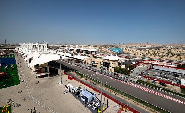 F1 bude závodit na oválu v Bahrajnu