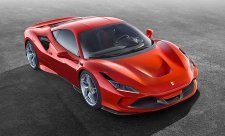 Ferrari F8 Tributo je lehčí a rychlejší