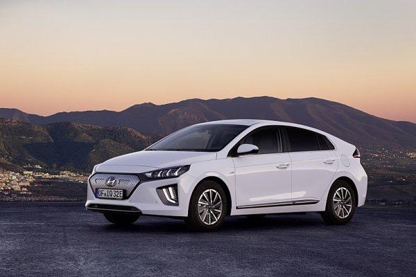 Hyundai Ioniq Electric dostal facelift a větší baterii