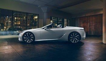 Lexus ohlásil do Ženevy dvě novinky
