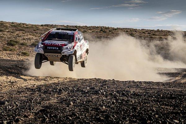 Alonso pokračuje v přípravě na Dakar