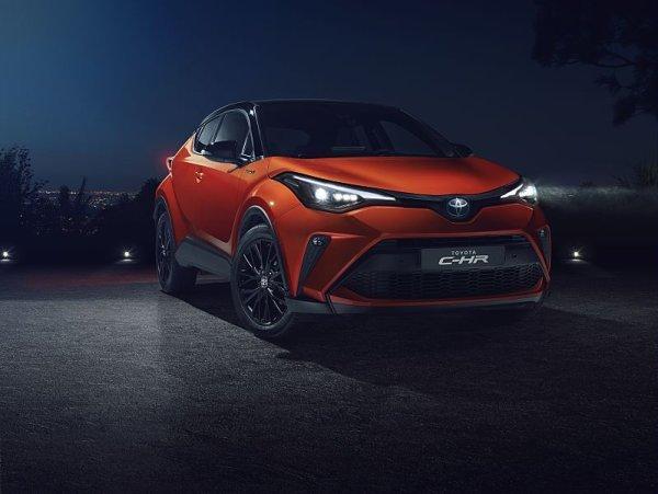 Toyota C-HR se dvěma různými hybridy