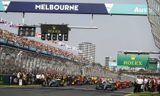 Gasly a Kubica neviděli v Melbourne startovní světla