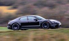 Testování Porsche Taycan jde do poslední fáze