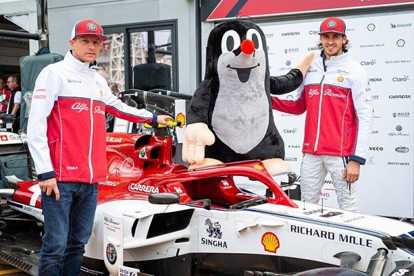 Souboj týmových kolegů – Räikkönen versus Giovinazzi