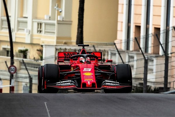Vettelův odchod za 90 milionů dolarů?