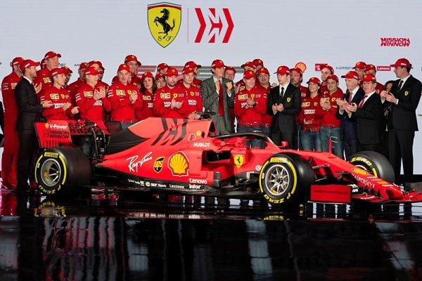 Šéf Ferrari by chtěl strop i pro pohonné jednotky