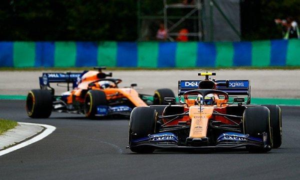 McLaren chce stáhnout ztrátu na polovinu