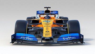 McLaren doplnil oranžovou papáju modrými křídly