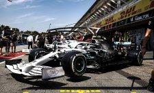 Mercedes má strach z vedra