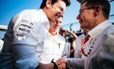 Mercedes přišel o šéfa motorů