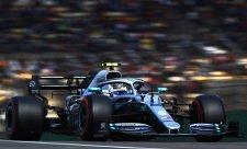Mercedes upravil přední křídlo už před tréninky