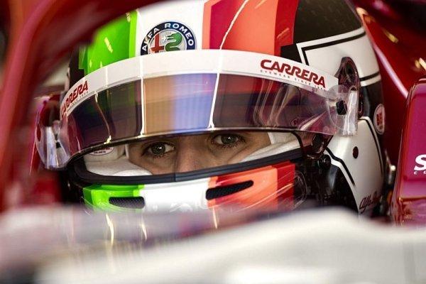 Giovinazzi měl stejnou poruchu jako Leclerc
