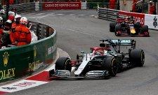Hamilton popřel všechny teorie o životnosti pneumatik
