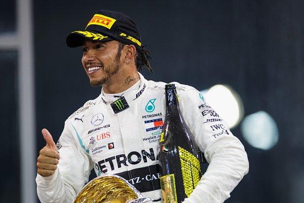 Mercedes nevyhrál již 155 dní