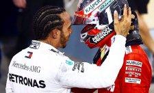 Hamiltonovi zájem Ferrari lichotí