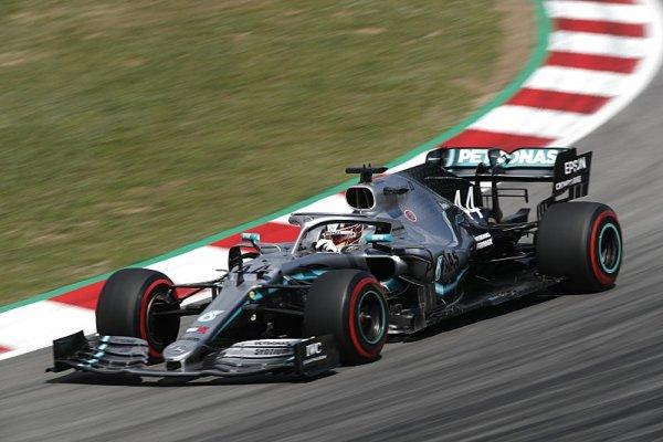 Hamilton odlétl do jiné dimenze