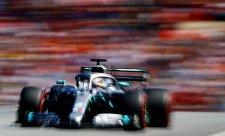 Vítěznou sérii Mercedesu ukončilo letní vedro