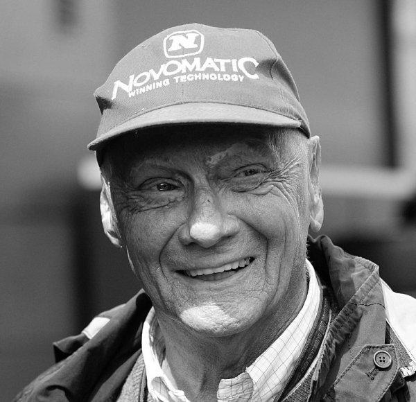 Odešel Niki Lauda