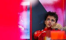 Leclerc slaví, ale obává se zítřejšího startu
