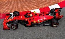 Vettel ferrari rozbil, Leclerc byl nejrychlejší