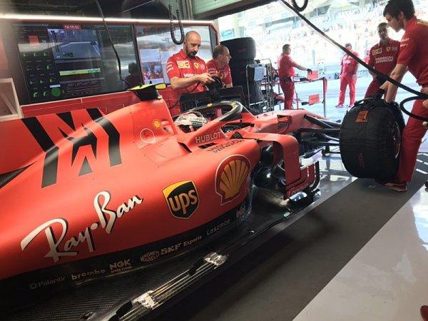 Leclerc nestihl najet do rozhodujícího kola