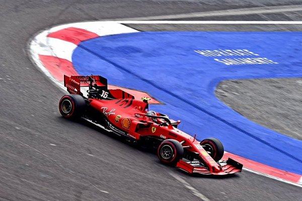 U Ferrari neztrácejí naději