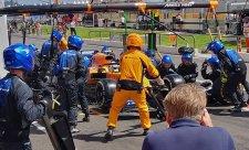 Norrise zradily brzdy, převodovka i posilovač