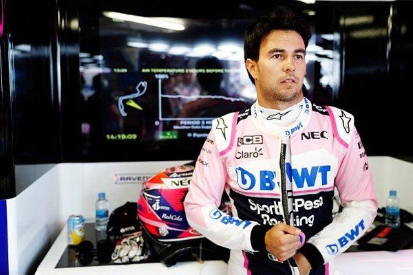 Pérezovi před autem pobíhali maršálové