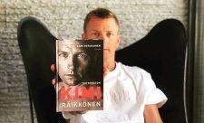 Kniha o Kimim Räikkönenovi jde na dračku