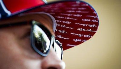 Räikkönen prozradil recept na 300 velkých cen