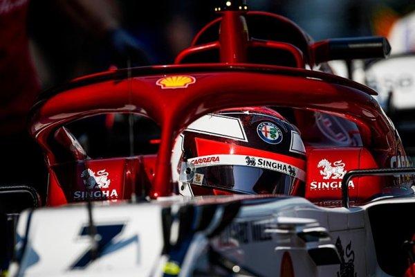 Räikkönen si navrhl tvar pedálů