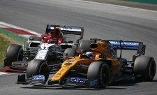 McLarenu proti předpokladům bodovali oba jezdci