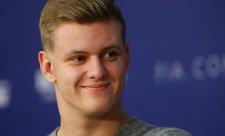 Schumacherův test pro Ferrari a Alfu Romeo potvrzen