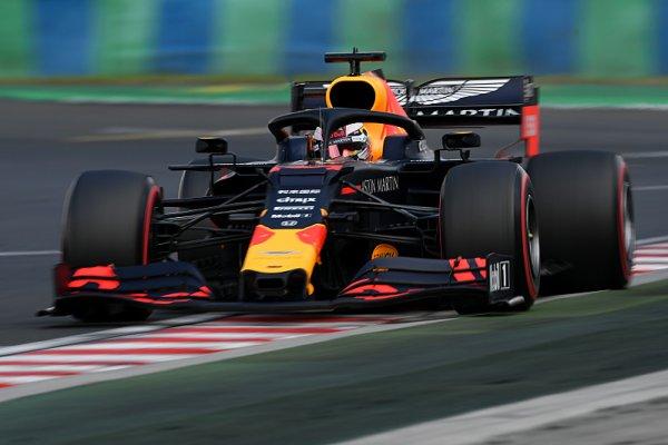 Verstappen odstartuje z pole position jako čtvrtý nejmladší