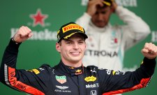 Verstappen poprvé vyhrál z pole position