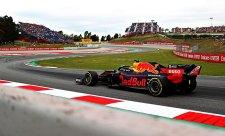 Mercedes jako jediný rozumí svému vozu, míní Verstappen