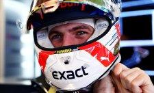 Před kvalifikací nejrychlejší Verstappen, Leclerc v nesnázích