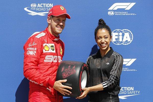 Vettel vrátil Ferrari naději, Mercedes prohrál i s Renaultem