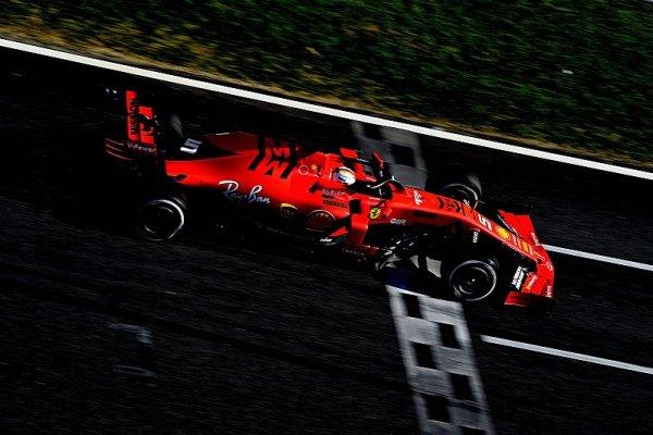 Souboj gigantů vyzněl těsně pro Ferrari