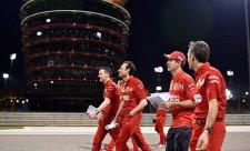 Ferrari v pátek pomohl vyšší výkon motoru