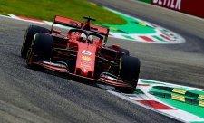 Ferrari se nedrželo plánu, říká nešťastný Vettel