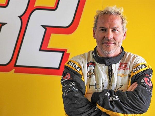 Villeneuve si myslí, že penalizován měl být Ricciardo