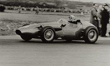 Zlato v Le Mans, šrot ve formuli 1