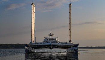 Loď na vodík se chystá překonat světové oceány