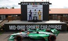 Andrettiho jezdci obsadili kompletní stupně vítězů