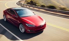 Tesla již neumožní nabíjení zdarma