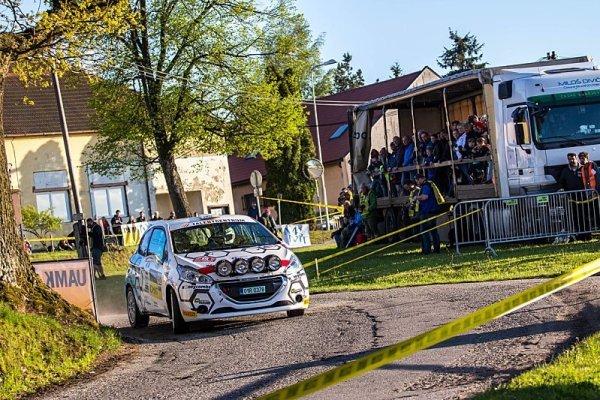 Rallye Český Krumlov letos odstartovala v Praze