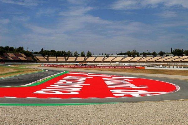 Kdo bude testovat v Barceloně?